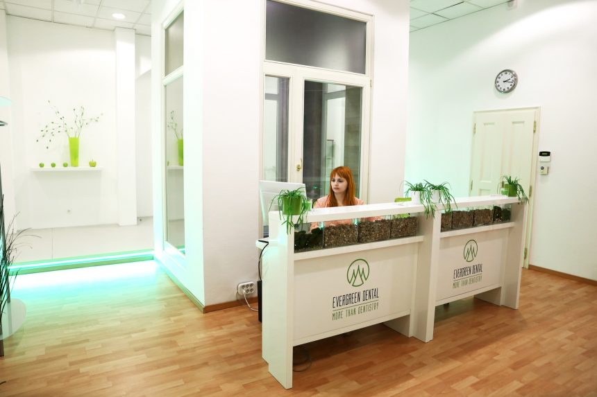 Rezeption Evergreen Dental